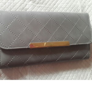 BCBG Paris Grey Quilted Wallet With Mutiple Compartments