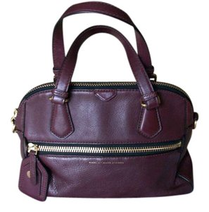 Marc Jacobs Leather Burnout Goldtone Crossbody Strap Satchel in Burgundy