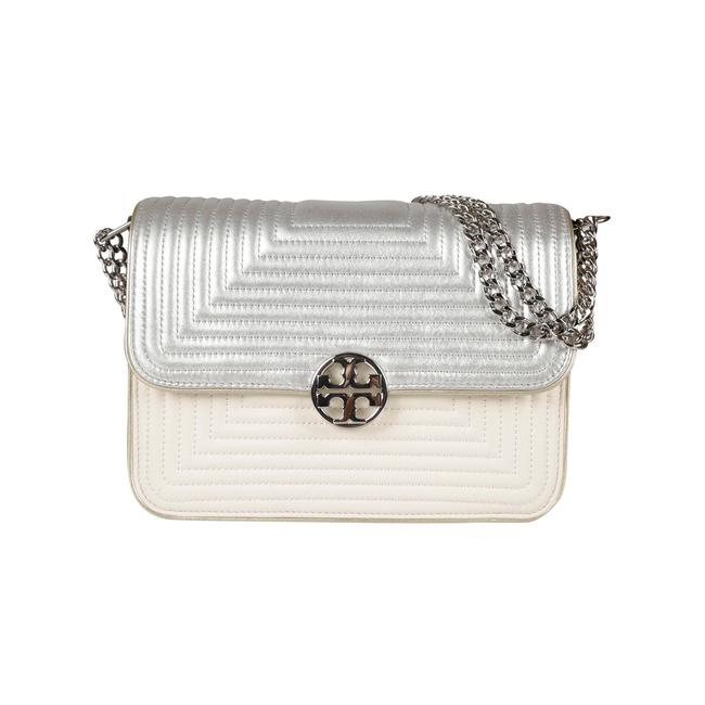 Item - Duet Chain Trapunto Convertible White/Silver Leather Shoulder Bag