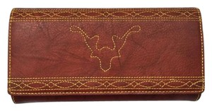 Frye NWT FRYE $178 Campus Stitch Italian Leather Trifold Wallet Burnt Red G