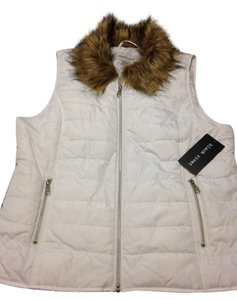 Black Rivet Puffer Faux Fur Size Xl White Jacket