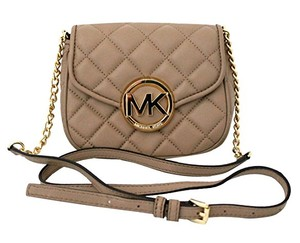 Michael Kors 35s6gfqc1l Cross Body Bag