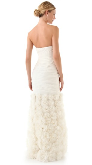 Theia Ivory Silk 890092 Strapless Rosette Gown Feminine Wedding Dress Size 4 (S) Image 10