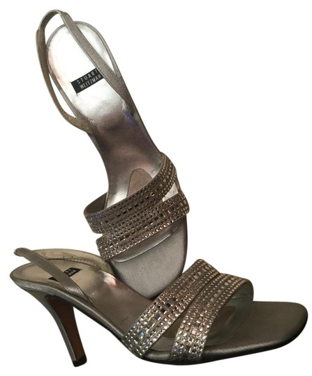 Preload https://item3.tradesy.com/images/stuart-weitzman-silver-and-crystal-sandals-20733877-0-2.jpg?width=440&height=440