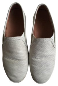 Joie Sneaker Suede Slip On White Athletic
