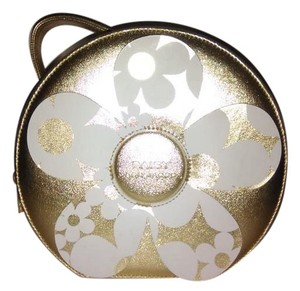 Marc Jacobs Marc Jacobs Daisy Cosmetic Hard Case Zip Around