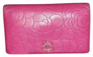 Chanel Leather Yen Camellia wallet-large