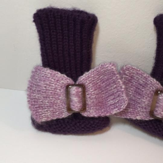 Other HAND KNIT GLOVES WITH BOW Image 1