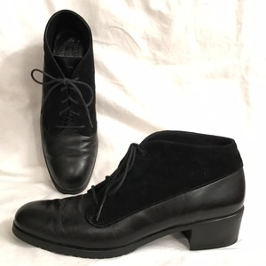 Munro American Leather Suede Ankle Lace Ups Black Boots