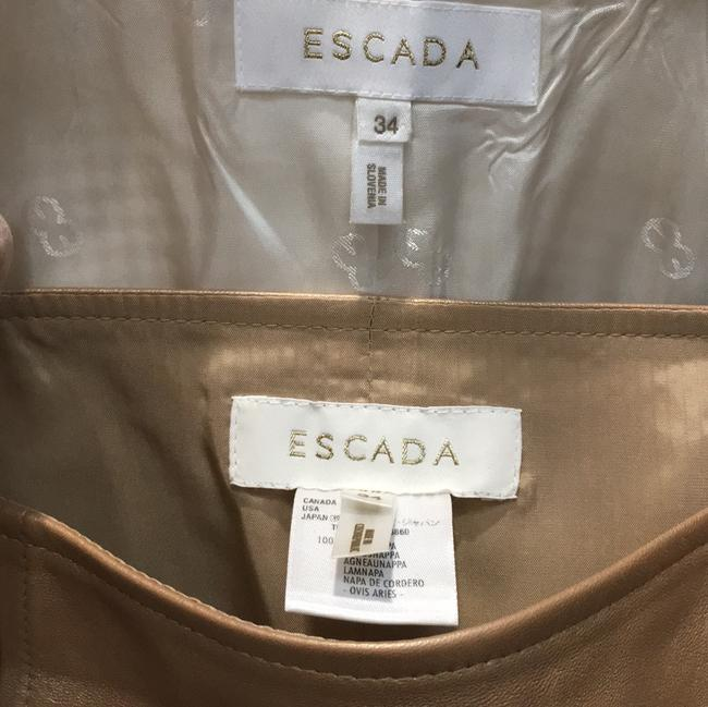Escada Skirt suit that can be worn as separates. Image 3