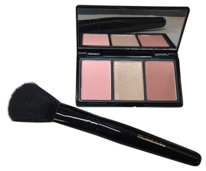 Elizabeth Arden cheek palette with brush