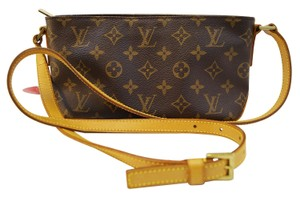 Louis Vuitton Lv Monogram Trotteur Shoulder Bag