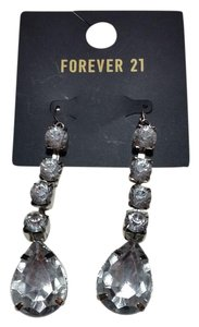 Forever 21 New Forever 21 Crystal Drop Earrings Long Chunky J3140