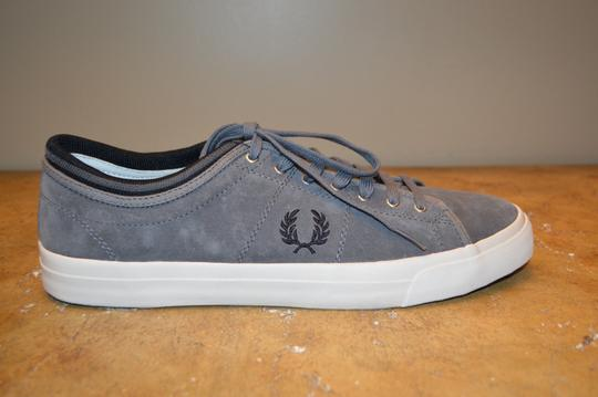 Fred Perry Grey Athletic Image 2