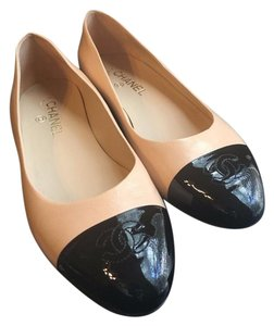 Chanel Classic Black Pumps beige Flats