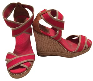 Tory Burch Red and tan Wedges