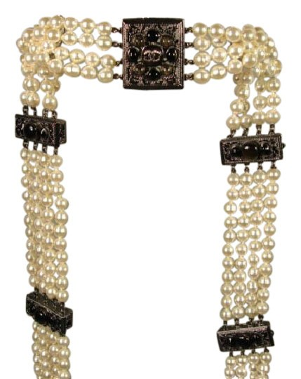 Preload https://img-static.tradesy.com/item/20740347/chanel-cream-sultana-pearls-black-stone-camellia-cc-4-strand-belt-necklace-0-1-540-540.jpg