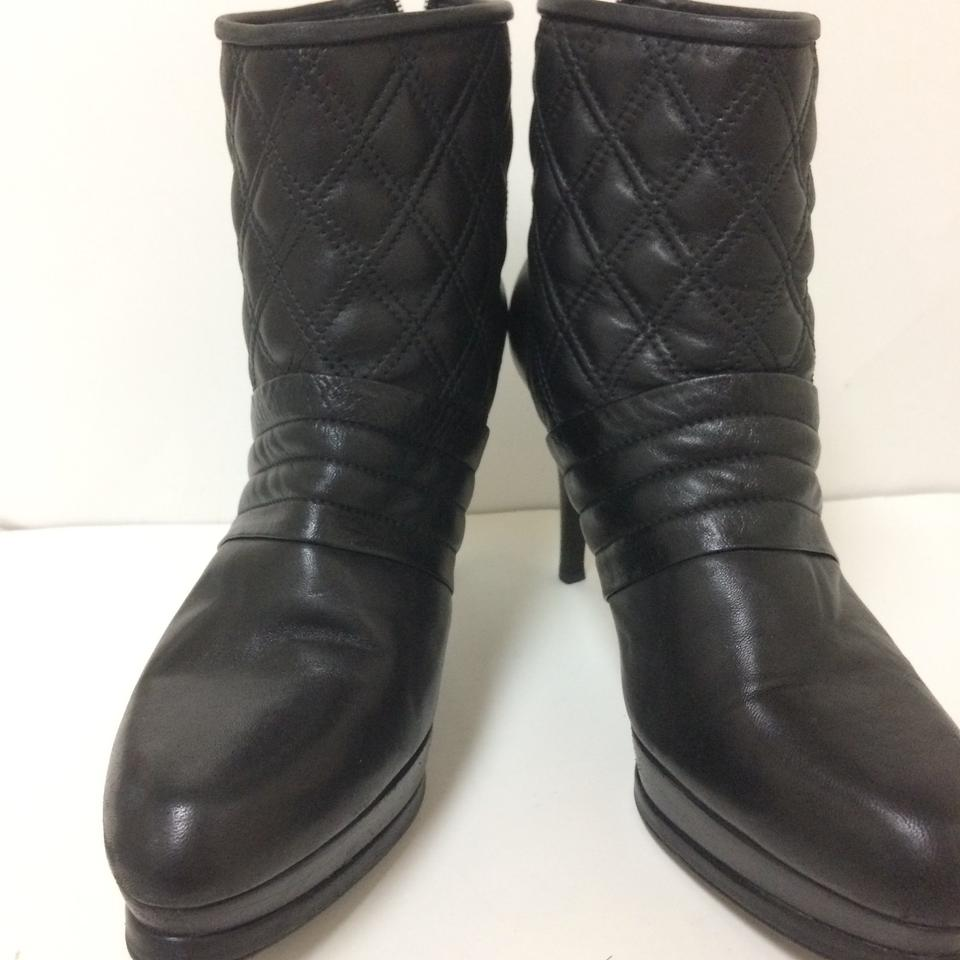 Stuart Weitzman Black Quilted Ankle Boots/Booties Size US 10 ... : stuart weitzman quilted boots - Adamdwight.com