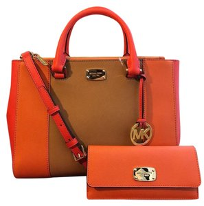 Michael Kors Kellen Center Stripe Saffiano Leather Wallet Included Strap Satchel in Tangerine/Acorn/Sienna