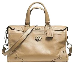 Coach Soft Grain Leather Like New Mint Condition Rhyder Satchel in Nude