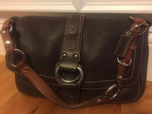 Coach Pebble Leather Accents Chocolate Pockets Everyday Shoulder Bag