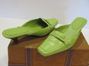Liz Claiborne Size 8.50 M Leather Very Good Condition Green Mules