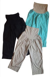 Motherhood Maternity Maternity Capri Pants Set