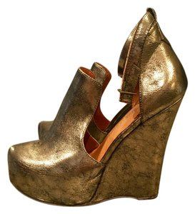 Jeffrey Campbell Gold/Bronze Wedges