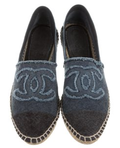 Chanel Denim Embroidered Espadrille Interlocking Cc Round Toe Blue, Black Flats