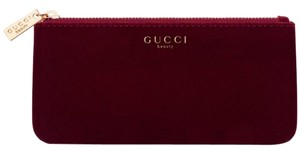 Gucci Gucci Beauty Red Cosmetic Pouch Makeup Bag velvet cosmetic case clutch
