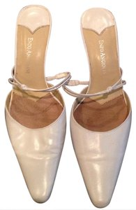 Enzo Angiolini Off white Pumps