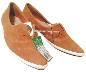 Sanuk Brown Flats