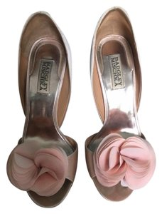 Badgley Mischka Pink Pumps