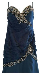 Morrell Maxie Mother Of The Bride Formal Bridesmaid/Mob Dress Size 8 (M)