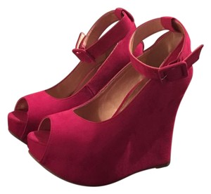 Luichiny Fuchsia Wedges