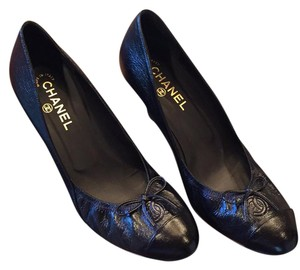 Chanel blk/navy Pumps