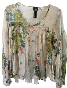Lilith Top Floral on cream