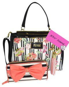 Betsey Johnson Cross Body Double Entry Zip Around Wallet Satchel in BLACK /BONE/floral