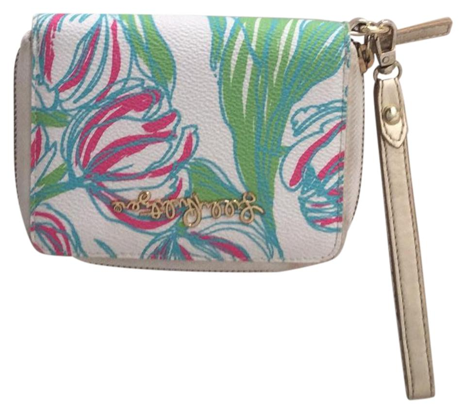Lilly Pulitzer Resort White Ring The Bellboy Charlotte Wristlet Case Tech  Accessory 59% Off Retail