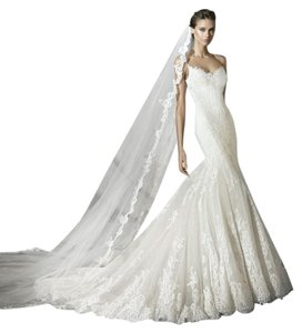 Pronovias Praciala Wedding Dress