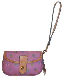 Dooney & Bourke Nwot Coated Canvas Wristlet in Pink