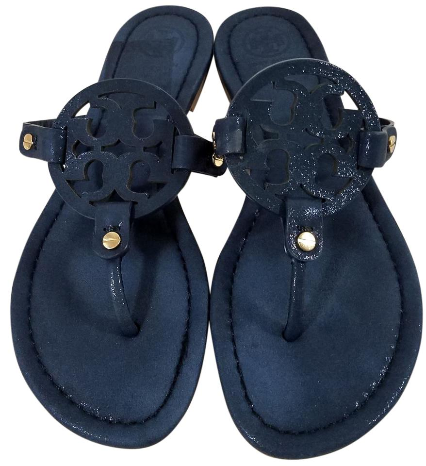 64205446693 Tory Burch Flip Flops Bold Logo Cutout Patent Leather Navy Blue Sandals  Image 0 ...