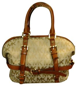Michael Kors Satchel in Tan