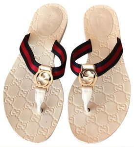 f961cc317fe7 Gucci White Blue Red Flip Flops Sandals Size US 8 Regular (M
