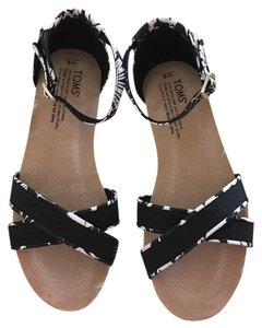 TOMS Black/White Tropical Sandals