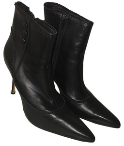 Manolo Blahnik Manolo Leather Black Boots