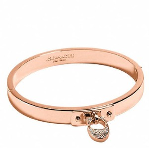 Coach coach C HINGED BANGLE rose gold NWT