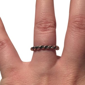 PANDORA twisted ring