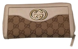 Gucci Sukey Collection