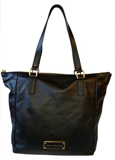 Preload https://item2.tradesy.com/images/marc-by-marc-jacobs-me-black-leather-tote-20747861-0-1.jpg?width=440&height=440